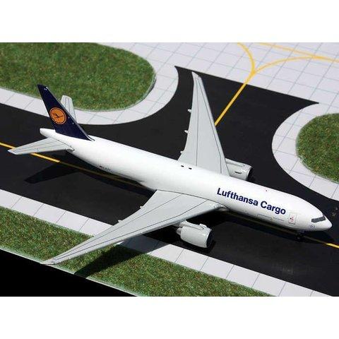B777-200LRF Lufthansa Cargo 1:400