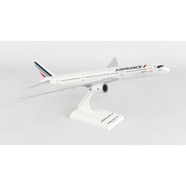 SkyMarks A350-900 Air France 1:200 with stand (no gear)