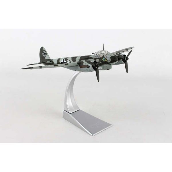 Corgi JU88 1-3/KG40 Luftwaffe Bay of Biscay 1943 1:72 with stand**o/p**