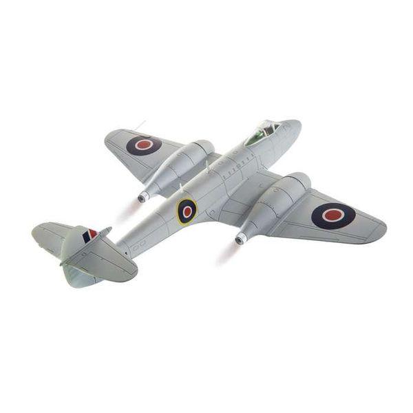 Corgi Meteor F3 616 Squadron RAF Silver 1:72 with stand