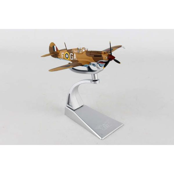 Corgi Tomahawk IIB 112 Squadron RAF P/O Neville Duke Fort Maddelena 1:72 with stand