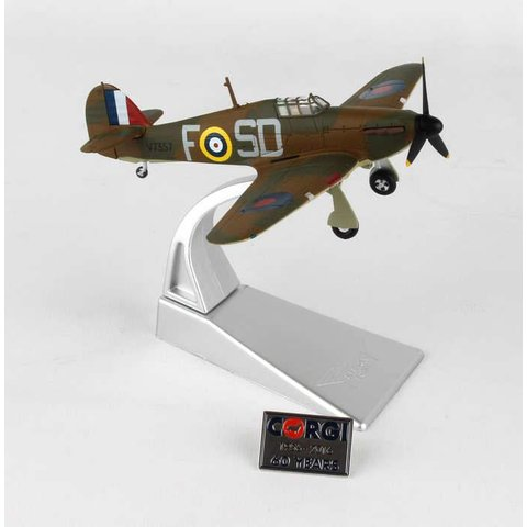 Hurricane MkI 501 Squadron J.H. Ginger Lacey F-SD 1:72 with stand