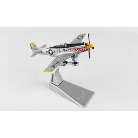 Corgi F51D Mustang 18FBG Too Fast USAF Korea FF-943 silver 1:72 with stand