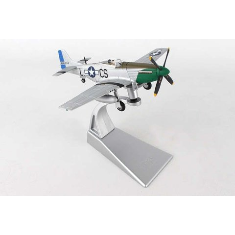 P51D Mustang 370FS Daddy's Girl Capt. Ray Wetmore LC-S 1:72 with stand