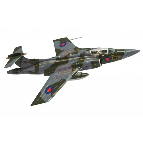 Buccaneer S2 16 Squadron Saints RAF Gutersloh XW538/S, camouflage 1:72 with stand