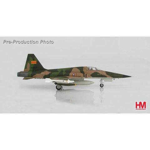 F5E Tiger II Vietnam Air Force VNAF 1970'S 73-00867 1:72 (1 of 3)