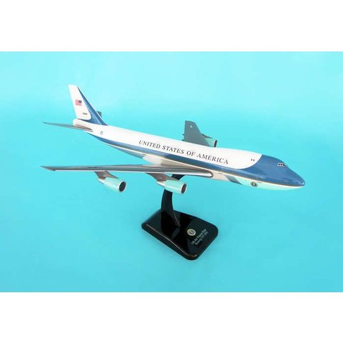VC25/B747-200 USAF Air Force 1 1:200 with stand+gear