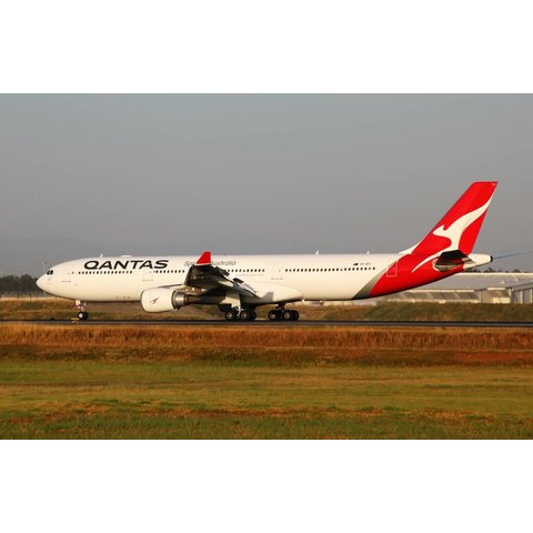 A330-300 Qantas New Colours 2016 Nc16 Vh-Qpj 1:400