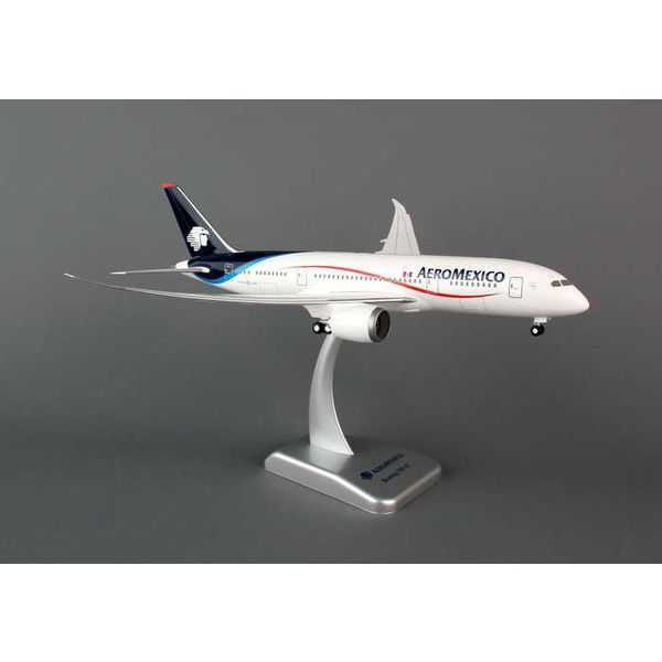 Hogan B787-8 AeroMexico 1:200 With Gear + stand**o/p**