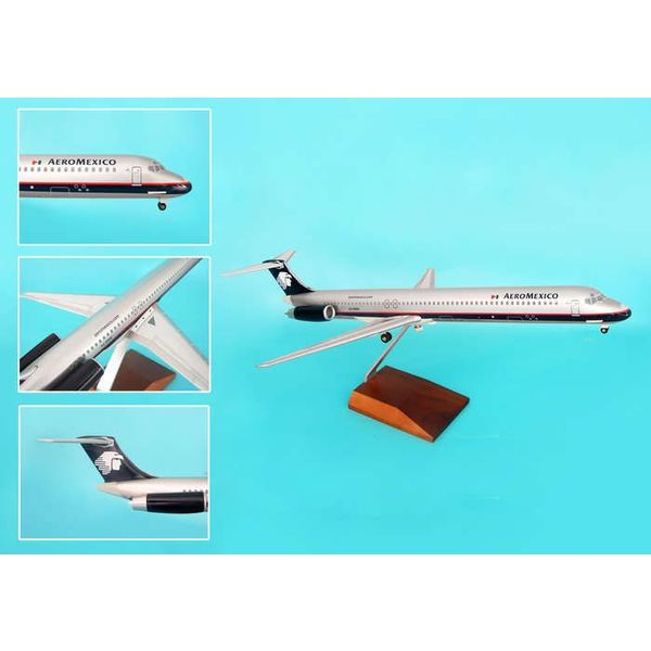 Skymarks Supreme MD80 Aeromexico 1:100 Supreme With Wood Stand+ Gear
