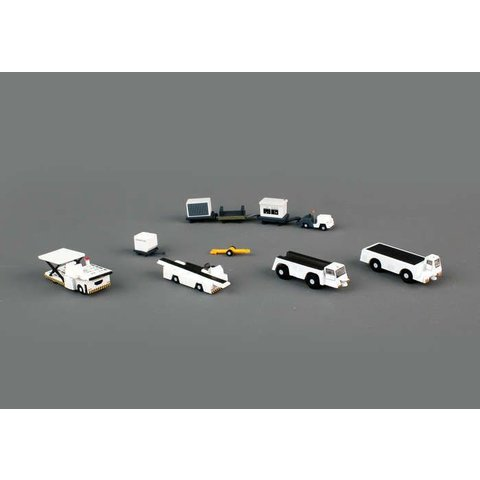 Airport Support Equipment 1:200 (K loader, belt loader, 2 x tugs, baggage tractor, trailers. containers)