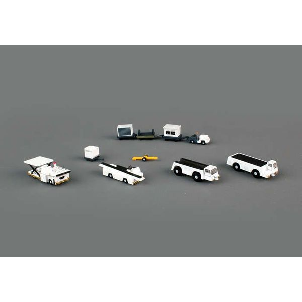 Gemini Jets Airport Support Equipment 1:200 (K loader, belt loader, 2 x tugs, baggage tractor, trailers. containers)