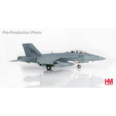 FA18F Super Hornet RAAF 1 Squadron Operation OKRA 212 1:72 with stand