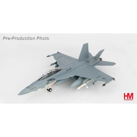 FA18F Super Hornet VFA122 NJ Fairford 2006 1:72 with stand
