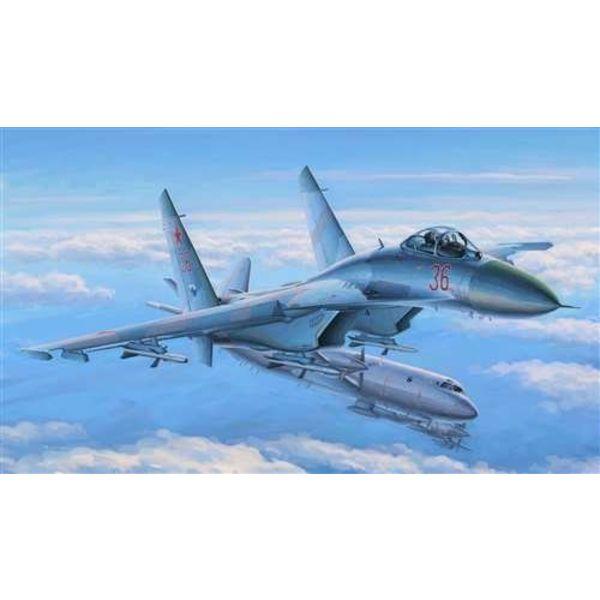 HobbyBoss Su-27 Flanker Early 1:48