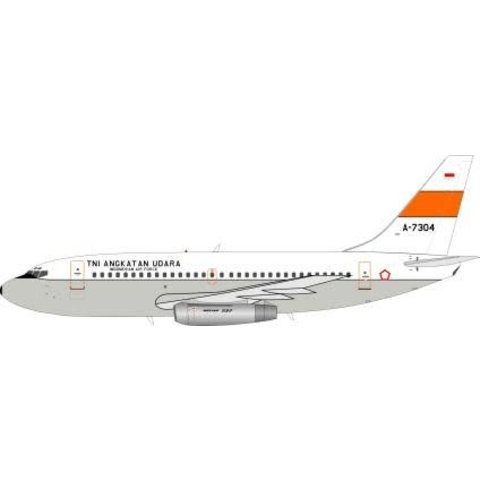 JFox2 B737-200 Indonesia Air Force A-7304 1:200 With Stand