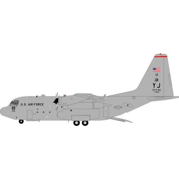 JFOX C130H Hercules US Air Force USAF YJ Yakota AFB, Japan 74-2062 1:200 w/stand