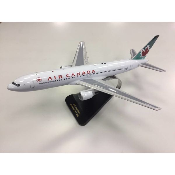 B767-300ER Air Canada 2004 blue livery mahogany with stand