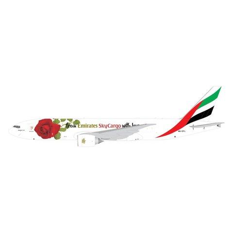 B777-200F Emirates Sky Cargo With Love A6-EFL 1:400