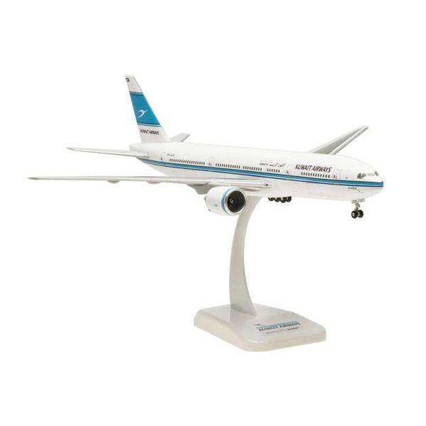 Hogan B777-200ER Kuwait Airways Al Qurain 9K-AOA 1:200 with gear+stand