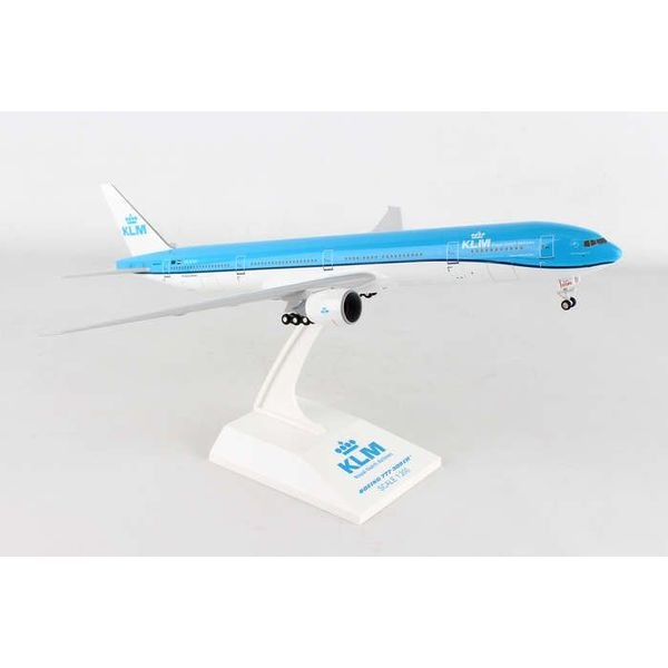 SkyMarks B777-300ER KLM 2014 c/s 1:200 with Gear+stand