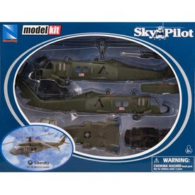 NewRay UH60 Blackhawk US Army 1:60 Prepainted Model Kit Sky Pilot