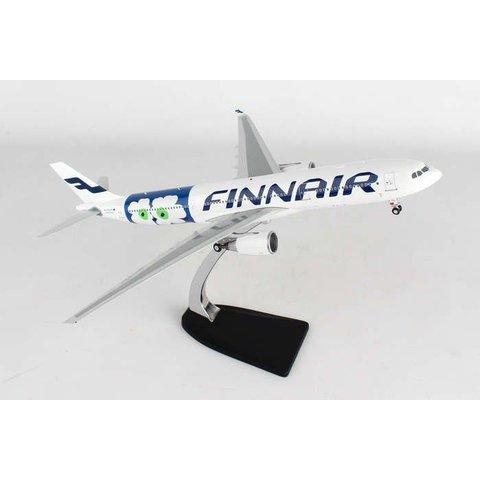 A330-300 Finnair Marimekko Flower OH-LTO 1:200 with stand