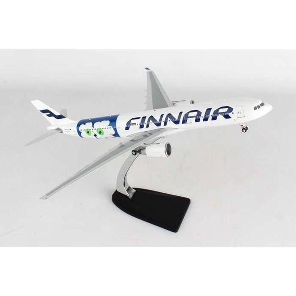 Phoenix A330-300 Finnair Marimekko Flower OH-LTO 1:200 with stand