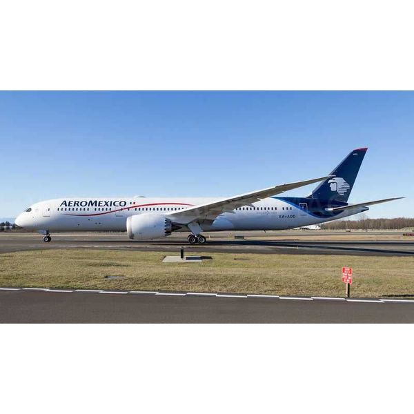 Phoenix B787-9 Dreamliner Aeromexico XA-ADD 1:400