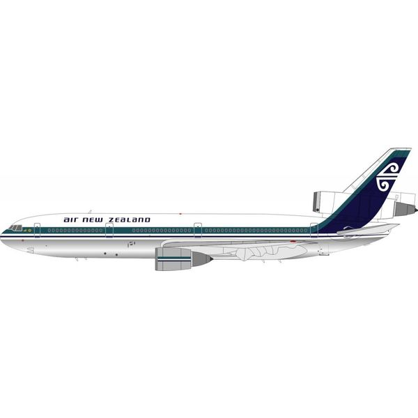InFlight DC10-30 Air New Zealand ZK-NZS 1:200 with stand polished