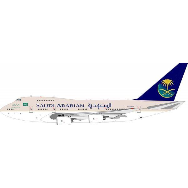 InFlight B747SP Saudi Arabian Royal Flight HZ-HM1B with stand 1:200