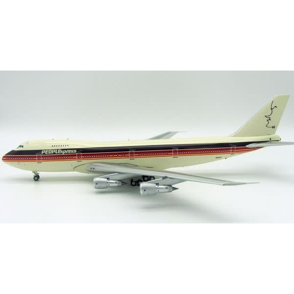 InFlight B747-200 PeoplExpress Bob Hope N605PE 1:200 With Stand (limited 75 pieces)