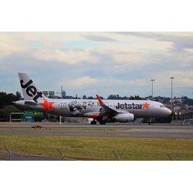 Phoenix A320s Jetstar Kung Fu Panda 1:400
