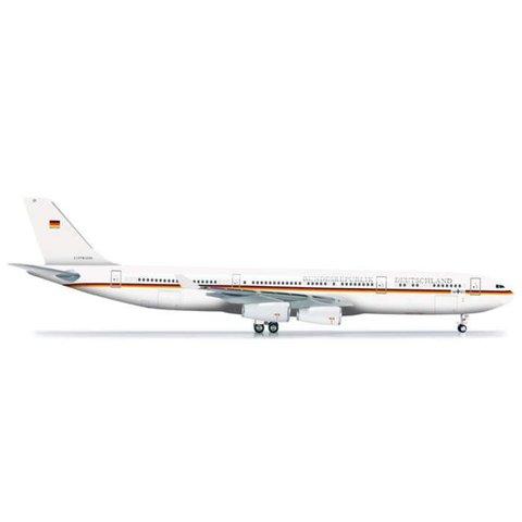Herpa A340-300 Luftwaffe Flugbereitschaft Bundesrepublik Deutschland Germany  1:200