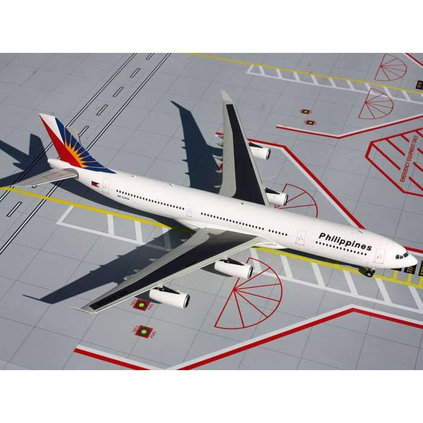 Gemini Jets A340-300 Philippines RP-C3432 1:200 with stand