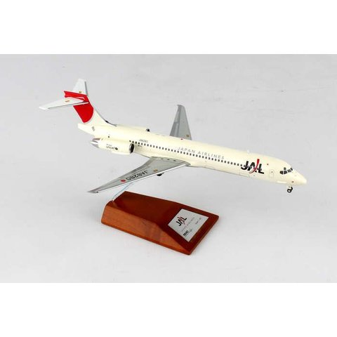 MD87 JAL 2003 livery JA8280 1:200 with stand