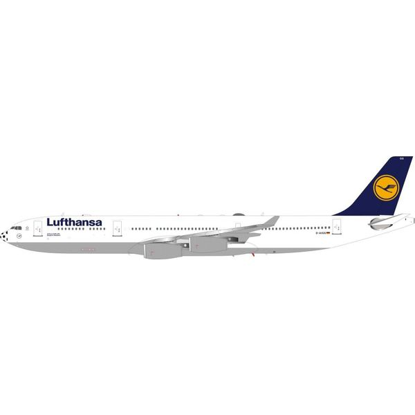 InFlight A340-300 Lufthansa D-AIGS Football Nose 1:200 With Stand