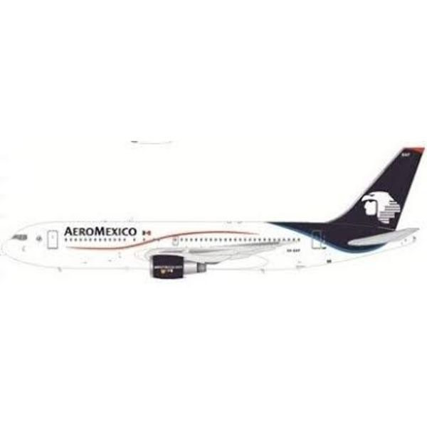 JC Wings B767-200 Aeromexico XA-EAP 1:200 with stand