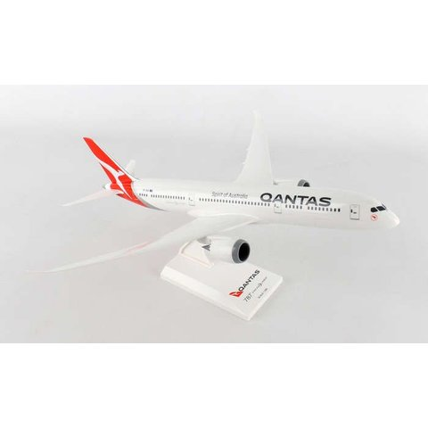 B787-9 QANTAS new livery 1:200 with stand (no gear)