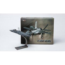 Air Force 1 Model Co. F35B Lightning II VMFAT501 Warlords USMC 1:72
