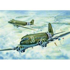 Trumpeter Model Kits C-47A SKYTRAIN 1:48