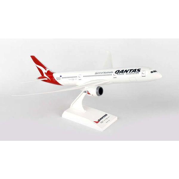 SkyMarks B787-9 Dreamliner QANTAS 1:200 With Stand (no gear)**o/p**