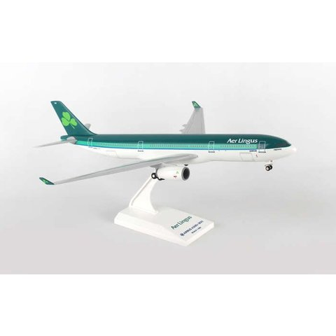 A330-300 Aer Lingus New Livery 1:200 With Gear + stand