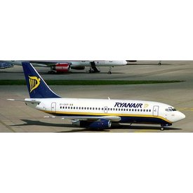 JC Wings B737-200 Ryanair EI-CKP 1:200 with stand
