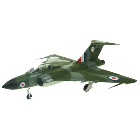Javelin FAW9 Royal Air Force XH892 preserved XH892 Norfolk and Suffolk Museum Flixton camouflage 1:72 with stand