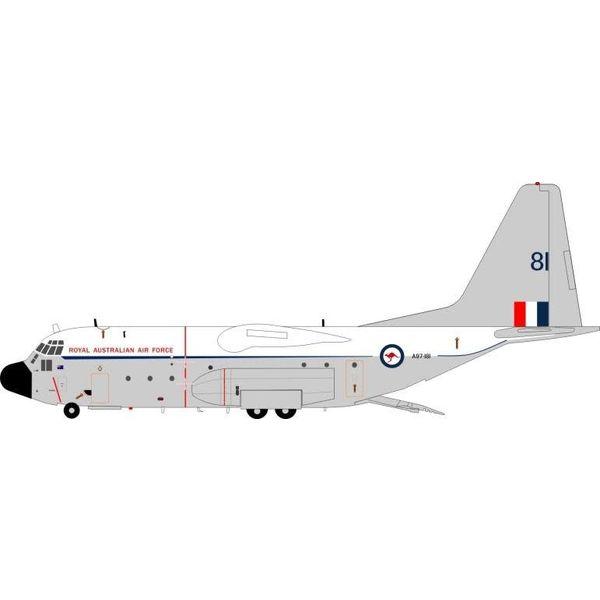 JFOX JFox2 C130E Hercules RAAF Australian Air Force A97-181 white / Grey 1:200 with stand