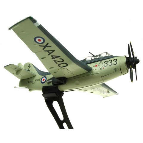Gannet AS4 Royal Navy 824 NAS XA420 333 1:72 with stand