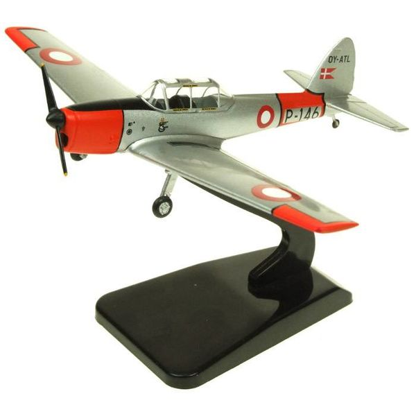 AV72 DHC1 Chipmunk Danish Air Force P-146 OY-ATL Silver / orange 1:72 with stand