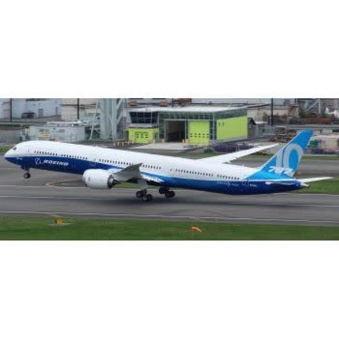B787-10 Dreamliner Boeing House Livery N528ZC 1:200 with stand