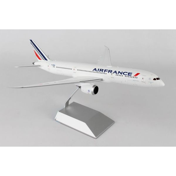 Gemini Jets B787-9 Air France NC09 F-HRBA 1:200 with stand**o/p**